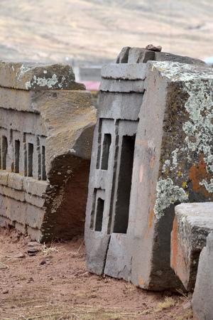 Ruinen von Pumapunku oder Puma Punku Teil einer großen Tempelanlage oder Denkmalgruppe, die Teil der Tiwanaku-Stätte in der Nähe von Tiwanaku, Bolivien ist?