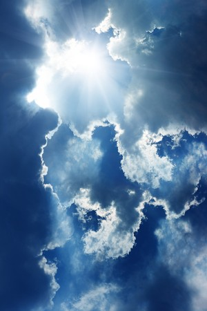 himmel mit wolken: Helle Sonne in blue Sky with clouds