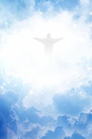 Jezus Christus in blauwe hemel met wolken - hemel