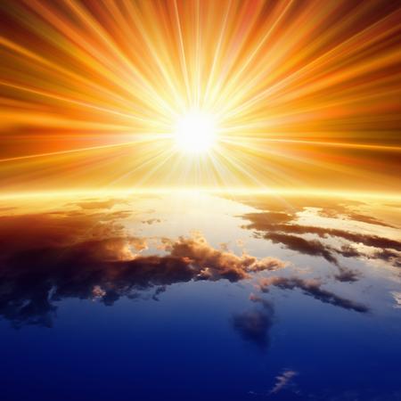 cielo: Backgrounf religiosa abstracta - brillante sol brilla sobre el planeta Tierra Foto de archivo