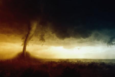 自然力の背景 - 暗い嵐の空、巨大な竜巻のヒットの小さな町