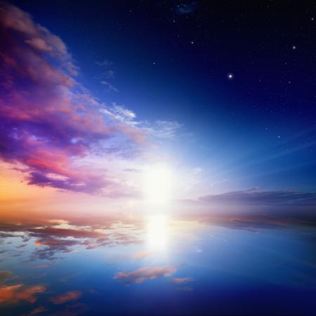 cielo: Camino al cielo, la luz brillante de la puerta del cielo Foto de archivo