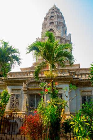 buddhism prayer belief: Temple Cambodia.Phnom Penh.