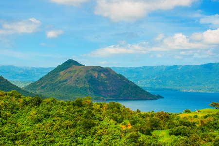 Taal Volcano on Luzon Island North of Manila in Philippines. Luzon Island. Imagens - 79476727