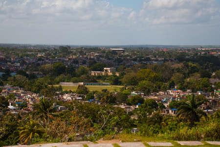 Santa Clara, Cuba: The view from the hill of the city Santa Clara. Foto de archivo - 100617768