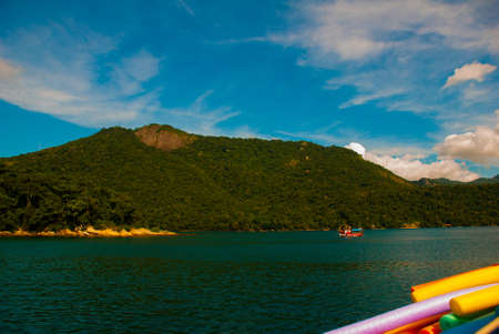 Angra dos Reis, Brazil, Ilha Grande : Ilha Grande located in South of Rio de Janeiro. Big Island has over 100 crystalline water beaches known as the Brazilian Caribbean. Imagens