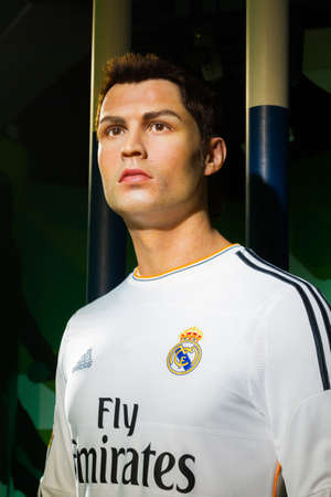 celeb: BANGKOK, THAILAND - DECEMBER 19: A waxwork of Cristiano Ronaldo on display at Madame Tussauds on December 19, 2015 in Bangkok, Thailand.