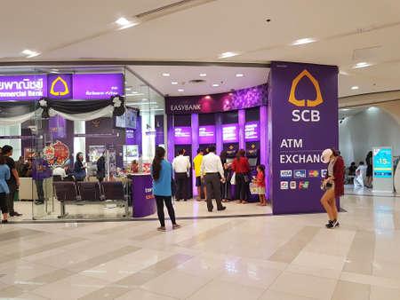 Bangkok thailand märz atm von drei banken im öffentlichen