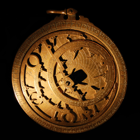 sundial: An Astrolabe is a circular planar imaging of the sky where the north pole of the world form the center