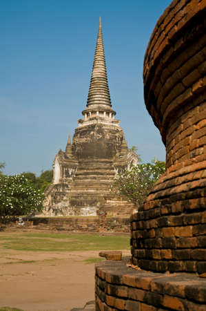 Stupa (chedi) of a Wat in Ayutthaya, Thailand. Ayutthaya city is the capital of Ayutthaya province in Thailand Stock Photo - 7560079