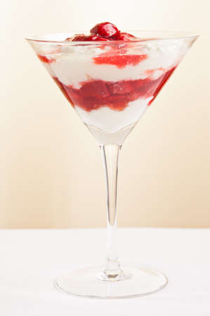 strawberies: layered dessert made from strawberies and yogurt  pudding simple setting