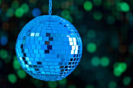 mirror ball: Bola de discoteca Mirror como una esfera limpia, sin reflejos molestos Foto de archivo
