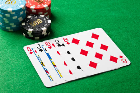 casino table: Straight in poker on a casino table