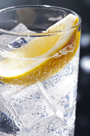 gin: Gin Tonic Tom Collins on the dance floor Stock Photo