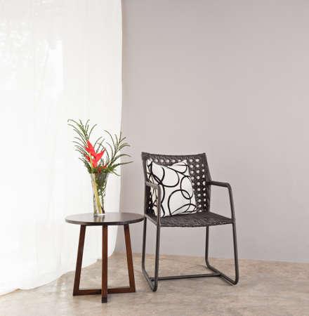 Gartenmöbel Stuhl in einfache Einstellung und Beistelltisch