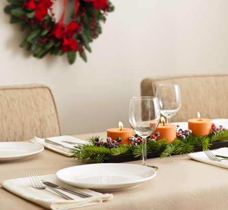 Dîner de Noël arrangement de table de couleur orange beige Banque d'images - 27883988