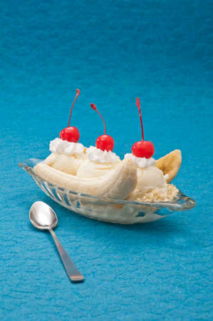 the split: Banana Split Ice Cream isolated over color background