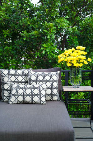 daybed: Outdoor patio seating with nice grey daybed