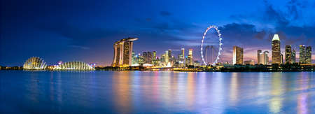 Singapore  in twilight a view into Marina Bay Stock Photo - 33578516
