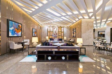 ejecutivo en oficina: Interior de una oficina de ventas para un proyecto de construcci�n residencial urbano Foto de archivo