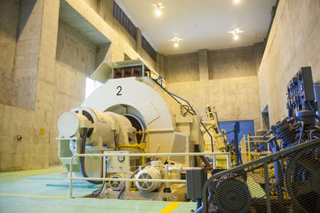power electricity generators Electric power plant A large machinery sector to produce energy. Editorial