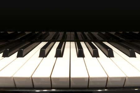 teclado de piano: teclas blancas y negro de piano de cola