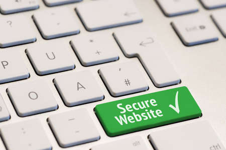 teclado: teclado de ordenador con las palabras scure sitio web de phishing en la tecla verde