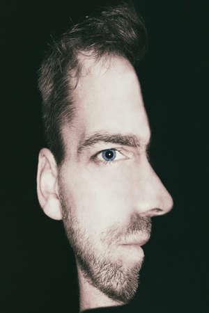 man met een gecombineerde weergave van de voor- en zijkant gezicht