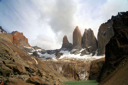 pain�: Lo stordimento Torres del Paine in Cile meridionale Archivio Fotografico