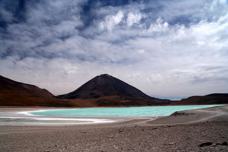 Beautiful Laguna Verde and volcano Licancabur, Altiplano, Andes, Bolivia Stock Photo - 15531867
