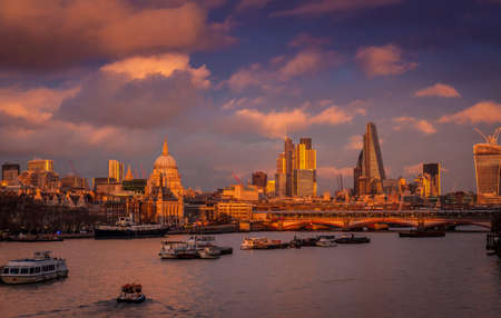 Sunset panorama of London and river Thames