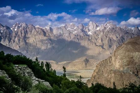 impressive: Beautiful mountain valley in the Karakorum near Khaplu in Central Karakorum National Park Stock Photo