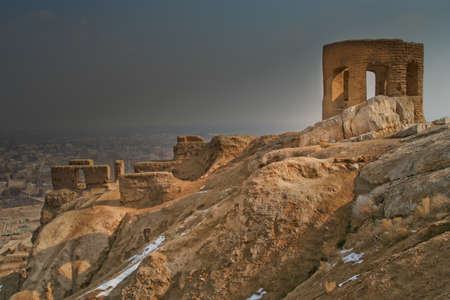 sunni: Ruins of the Zoroastrian Fire Temple - Tower of Ateshkadeh-ye , Esfahan, Iran