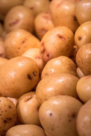 roast potatoes: Roast potatoes in hot cabinet