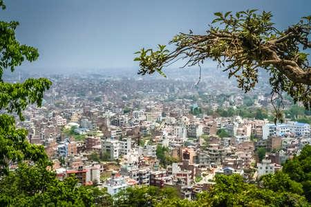 mundo contaminado: Vista a�rea de Katmand� - la capital de Nepal