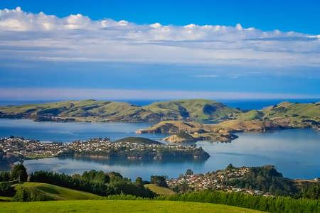 Dunedin ville et baie vue depuis les collines au-dessus, île du Sud, Nouvelle-Zélande Banque d'images
