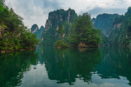 Baofeng Lake