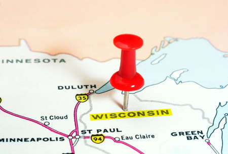 wisconsin state: Close up of Wisconsin   state USA map with red pin - Travel concept