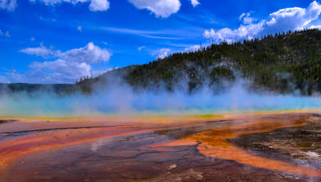 Yellowstone national park geyser Grand Prismatic 스톡 콘텐츠