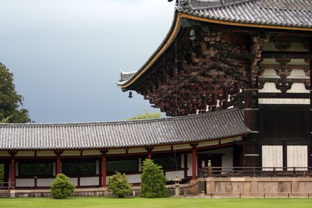 feudalism: Todai-ji in Nara. The biggest wooden temple in the world