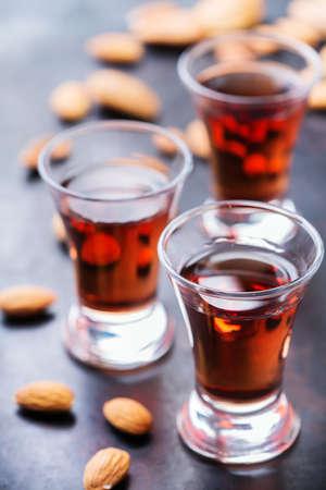 Essen Und Trinken, Party, Alkoholkonzept. Traditionelle Italienische ...
