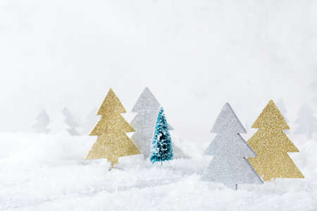 New year holiday concept. White winter snow christmas forest for greeting card. Copy space background 스톡 콘텐츠