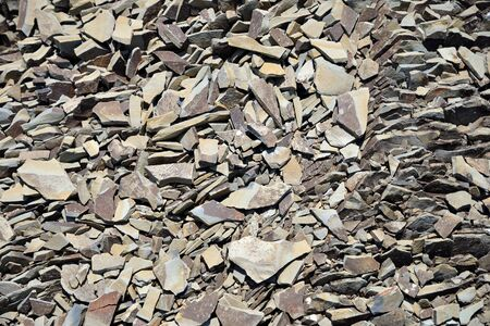 Broken stone fragmentation