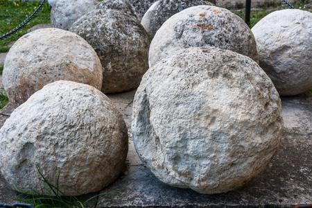 Stone core for antique cannon