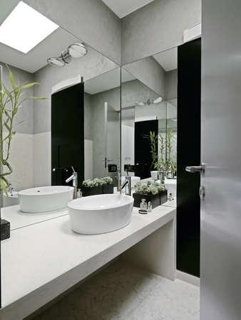 modernes Badezimmer Lizenzfreie Bilder