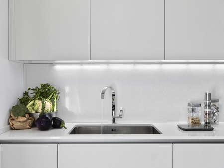 Küchenschrank Standard-Bild