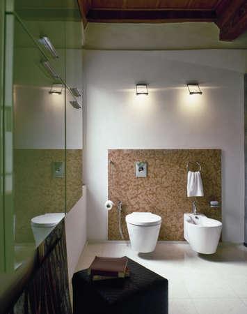 sanitair in een moderne badkamer