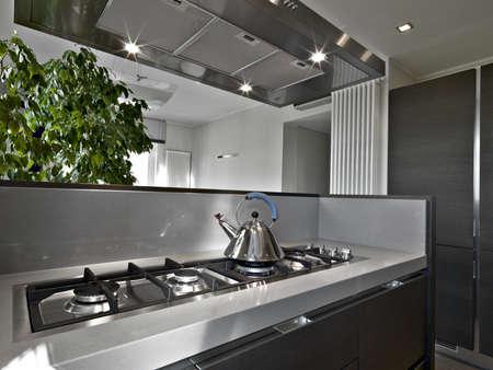 Detail der Herd in einer modernen Küche