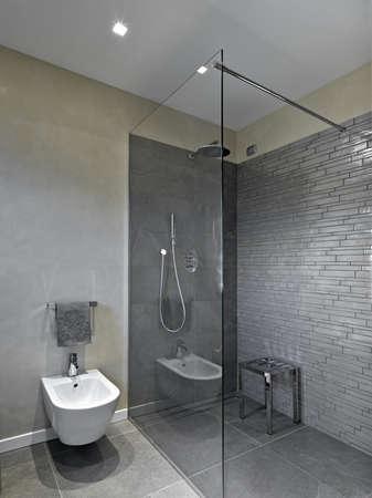 cabine de douche: cabine de douche dans une salle de bains moderne