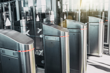Turnstiles for the passage of subway trains transport Banque d'images - 115739952